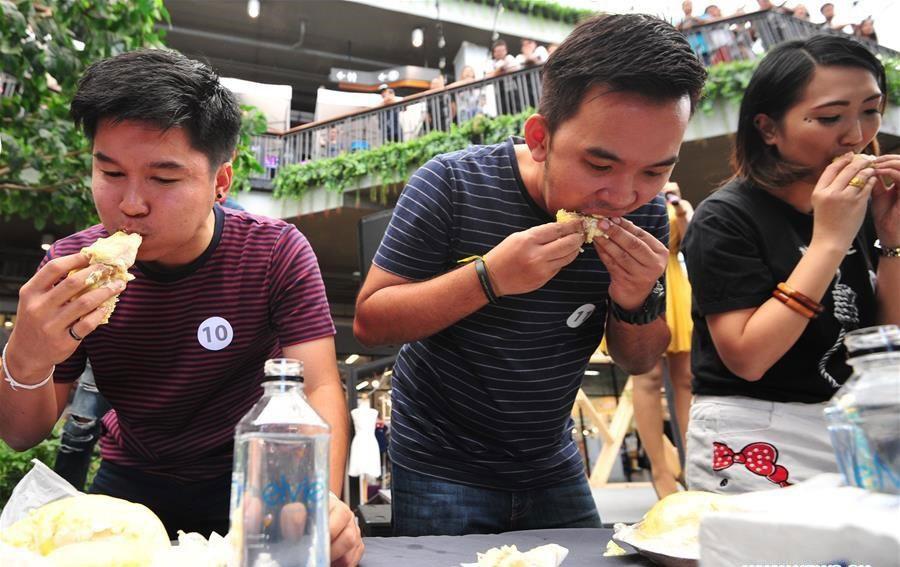 مسابقه بخور بخور در تایلند