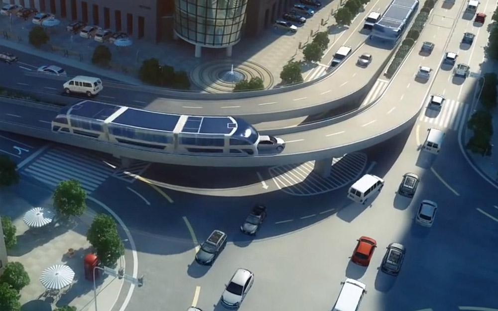 اتوبوس جدید چین ماشین ها را می بلعد