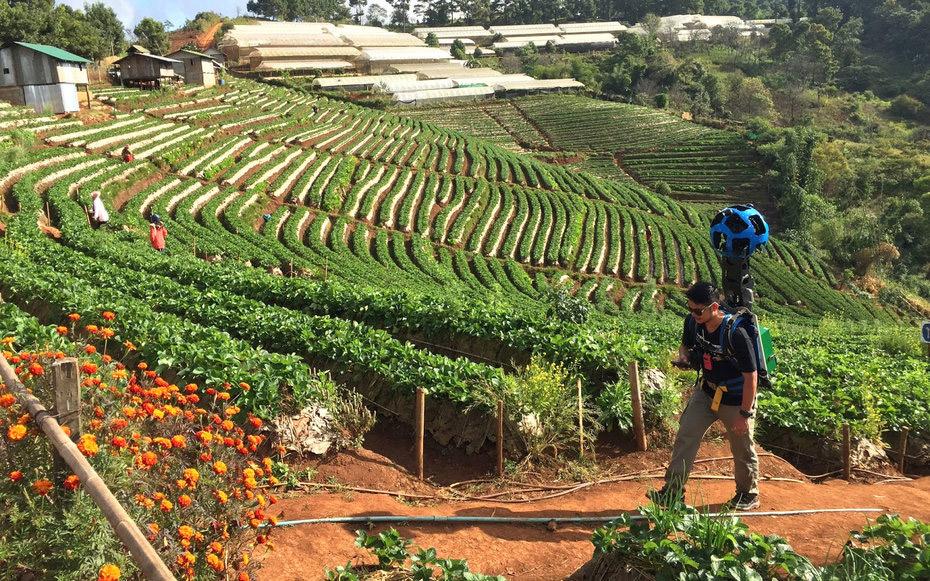 با پدیدآورنده عکسهای Google Street View در تایلند آشنا شوید (بیشترش البته)
