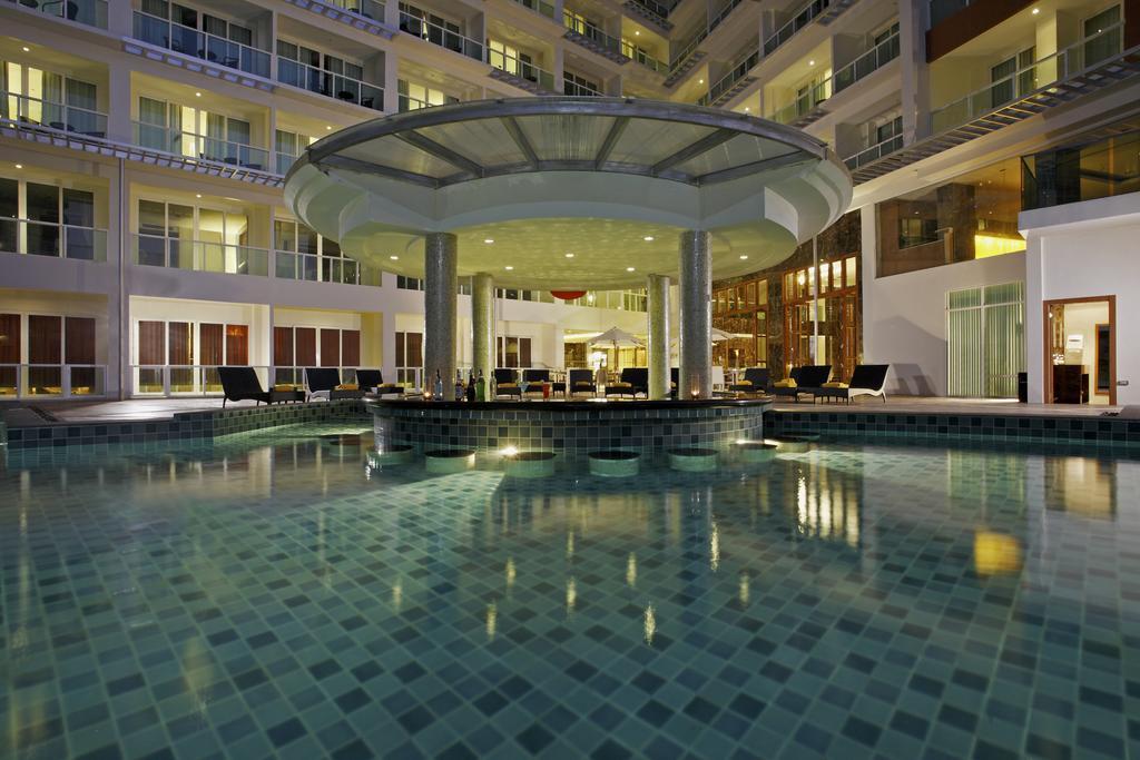 هتل سنتارا نوا پاتایا