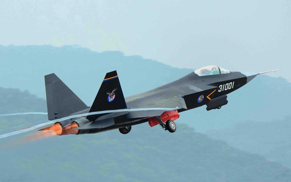 آزمایش نسل جدید جنگنده های چین