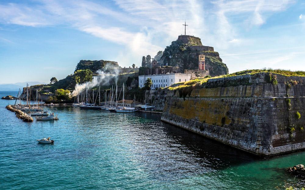 تورهای انتخابی کشتی کروز در کورفو (یونان)