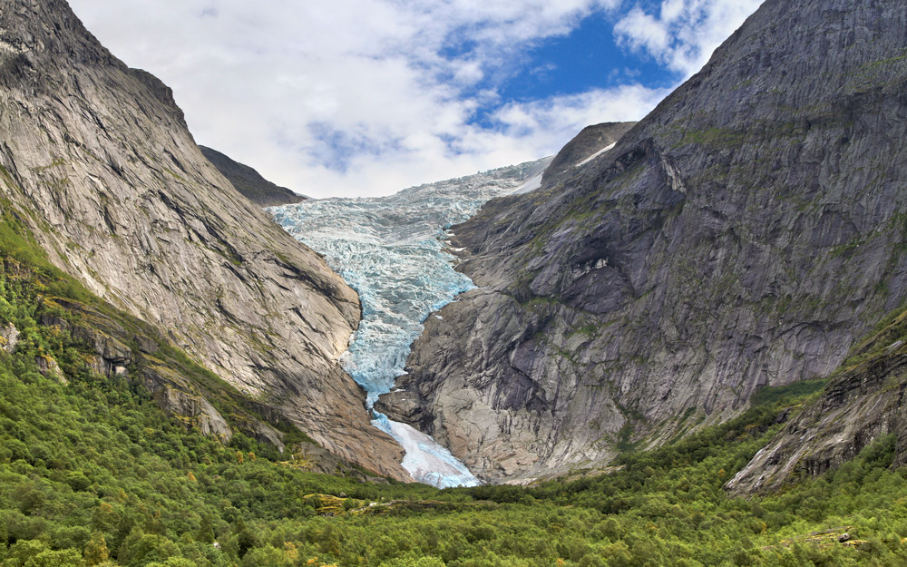 Briksdalsbreen، یخچالی طبیعی در معرض نابودی در نروژ