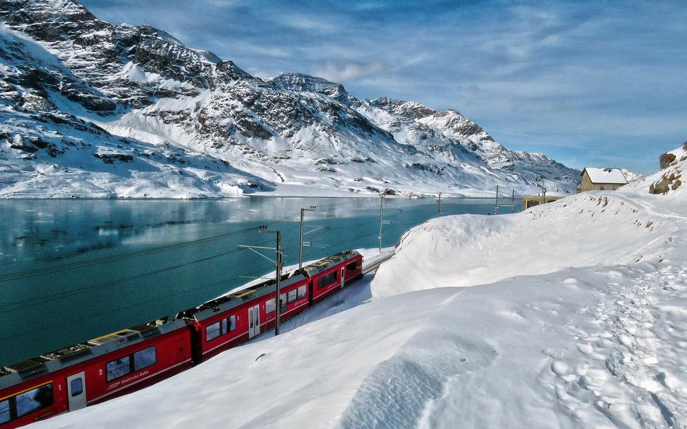زیباترین مسیر ریلی آلپ سوئیس