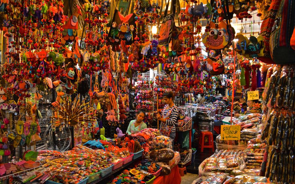 خرید از بازار آخر هفته چاتوچاک در تور تایلند