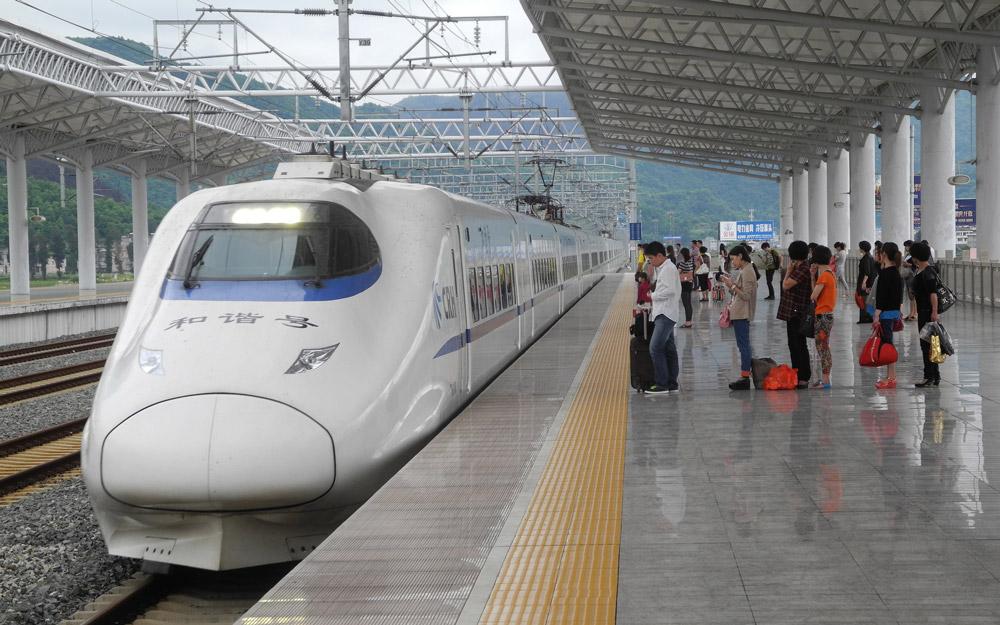 قطارهای فوق العاده سریع چین: محبوب و راحت