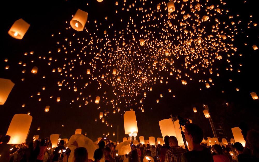 نگاهی به فستیوال های تایلند (جشن آب و جشن ماه کامل)