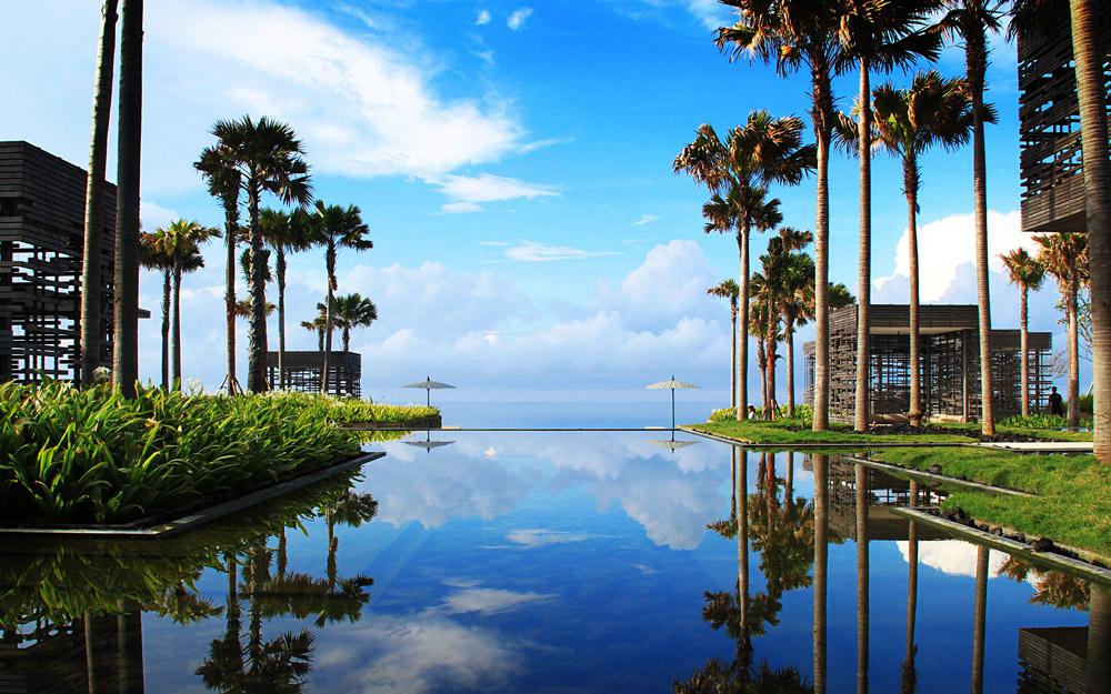 تجربه سفری فراموش نشدنی در تور بالی با اقامت در اولو واتو