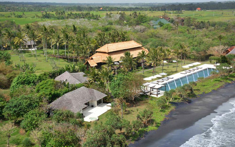 اقامتگاهی شگفت انگیز در میان درختان گرمسیری بالی