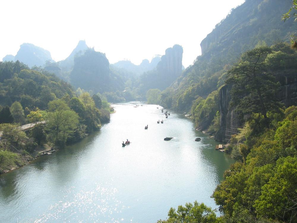 راهنمای سفر چین برای کولهپشتیگردها (بخش اول)