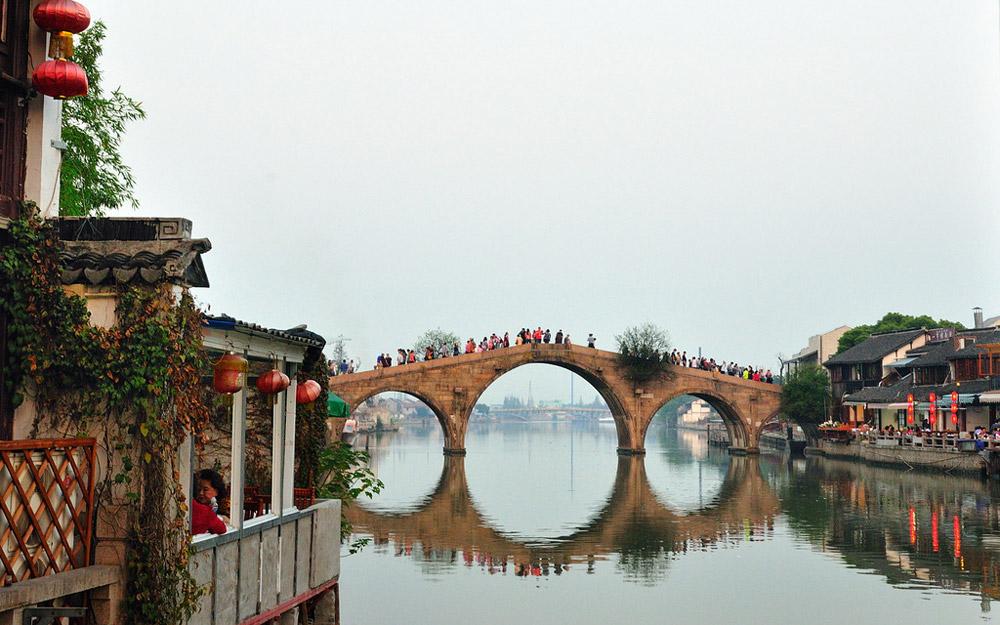 شهر آبی ژوجیاجیائو، شانگهای، چین