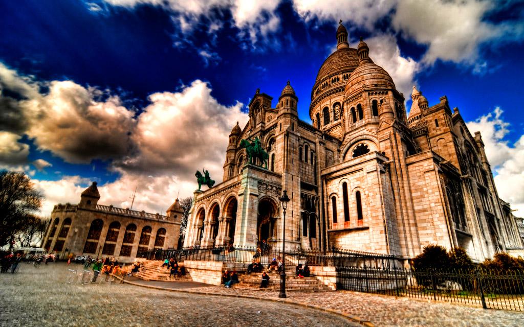 کلیسای قلب مقدس پاریس، فرانسه