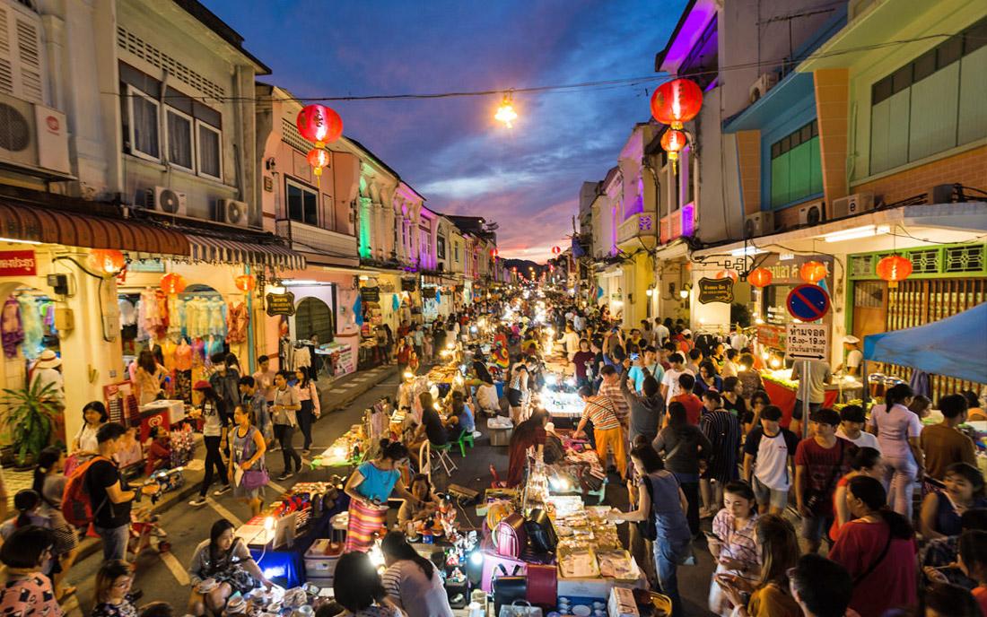 بازار واکینگ استریت پوکت (تایلند)