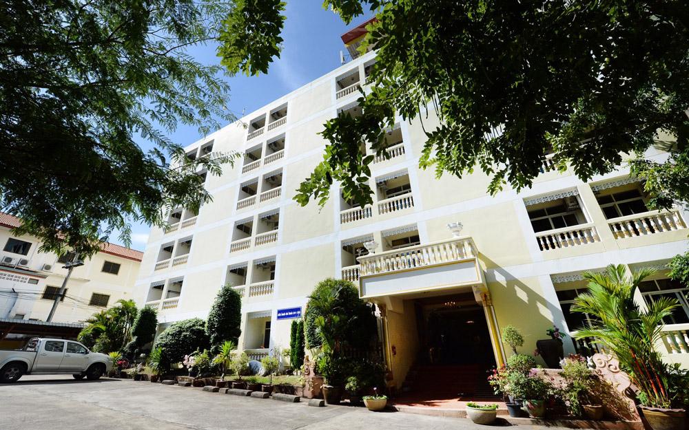 هتل د سان ریزورت اند اسپا پاتایا (تایلند)