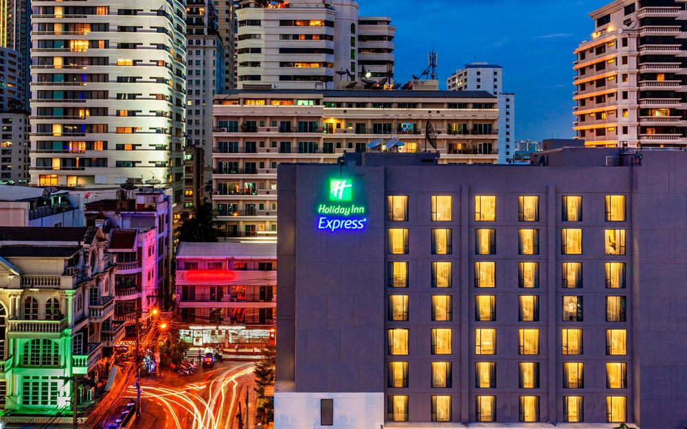 هالیدی این اکسپرس بانکوک سوخومویت 11