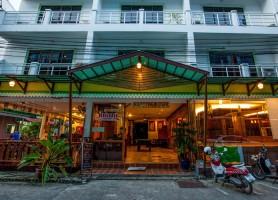 هتل تریپل راند پالاس پوکت (تایلند)